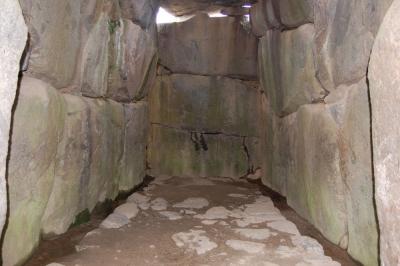 石舞台古墳石室内