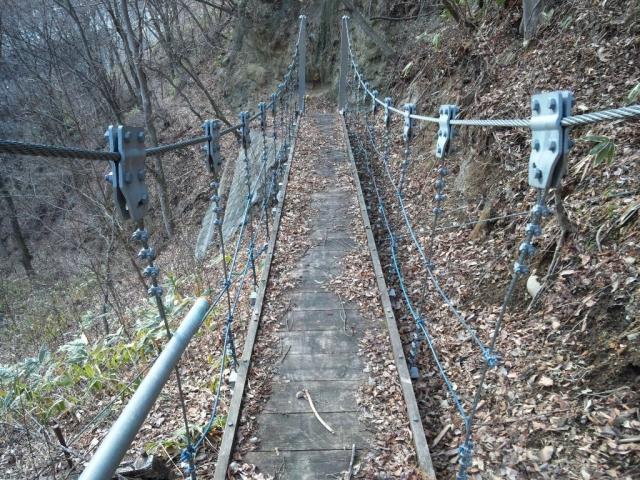 繰矢川沿いの吊橋 (3)