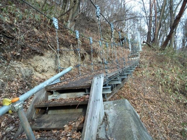 繰矢川沿いの吊橋 (4)