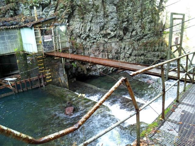 小大野川取入口の吊橋① (3)