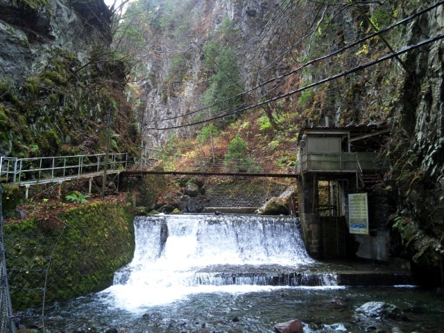 小大野川取入口の吊橋① (6)