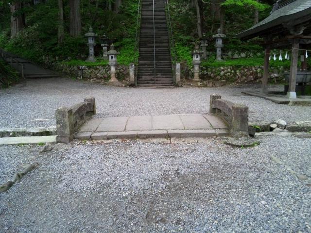 戸隠神社中社の参道橋