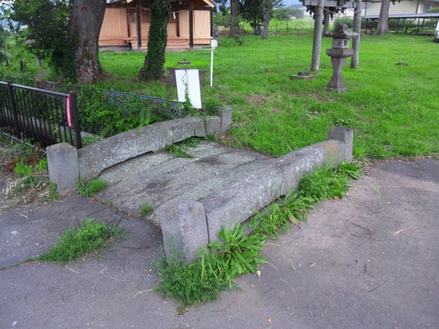 表木神社の石橋 (2)