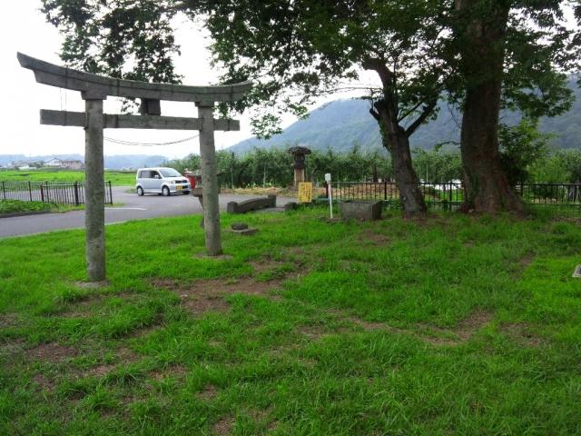 表木神社の石橋 (6)