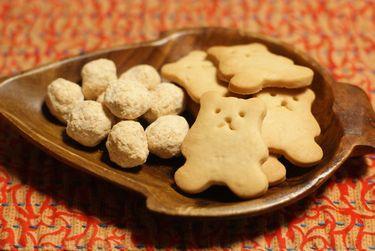 米粉のココナッツボールクッキー・玄米粉クッキー