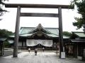 H26.9.11靖国神社拝殿前鳥居から@IMG_2114