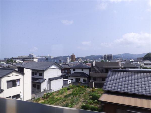 高知駅はすぐそこです