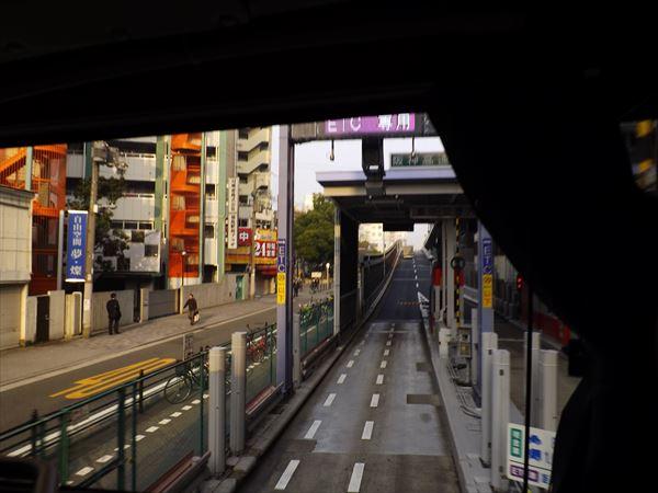 福島入口から阪神高速11号線へ