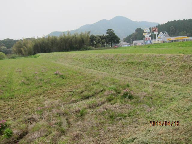 kamijinnbata3002草刈り後