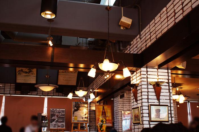 14-8-16-cafe-04.jpg