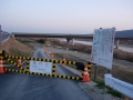 140308開橋アンダーパス南側も工事通行止
