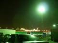 140430ジャンボフェリー神戸、潮風に吹かれて外で待つ