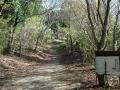 140502大川山。Bianchiを置いて徒歩で登る2