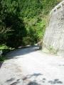 140502大川山から三野へ6.まだまだ続く狭路激坂