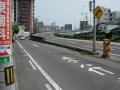 140503瀬戸大橋通りから跨線橋を側道に回避