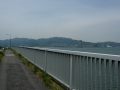 140524湖岸道路沿いの自転車歩行者道を進む2、大津が見えて来た