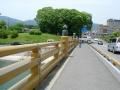 140524湖岸道路沿いの自転車歩行者道を進む4、唐橋を渡る