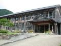 140913美山知井小学校はモダンな木造校舎