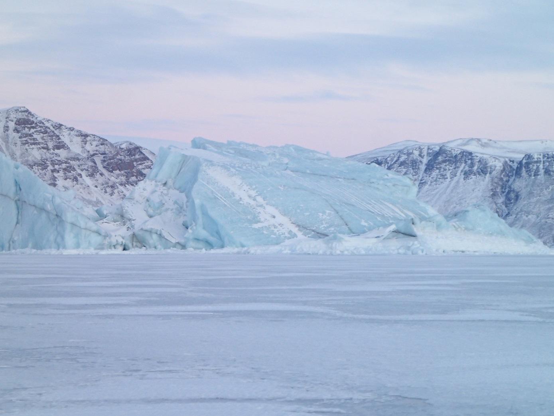 シオラパルクの氷山