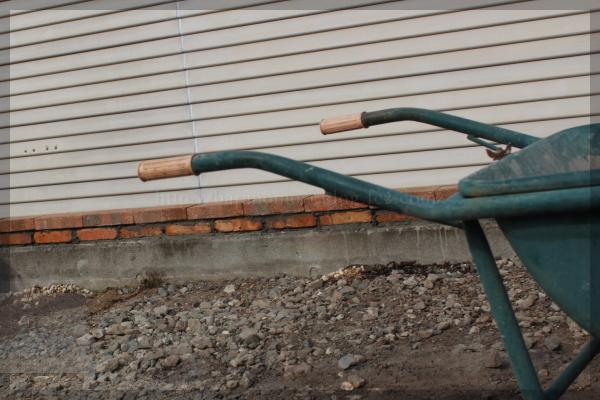 DIY 砕石駐車場 20140504