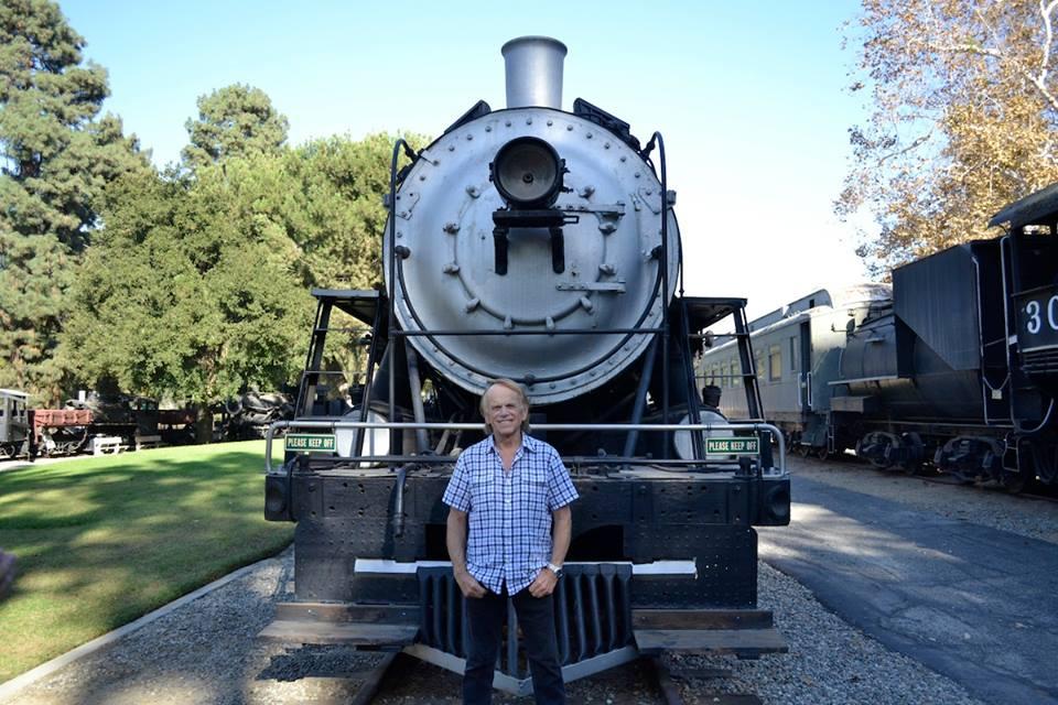 Al Locomotive