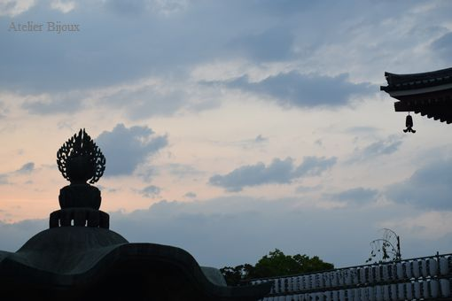 124-西新井大師境内からの夕刻