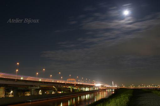 080-満月ハニームーン
