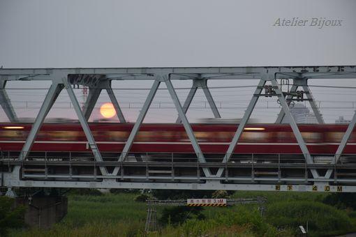 066-赤い太陽