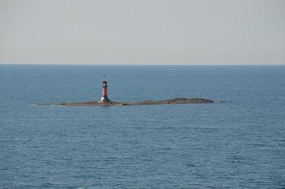 孤島に灯台