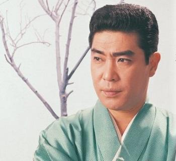 村田英雄[1]