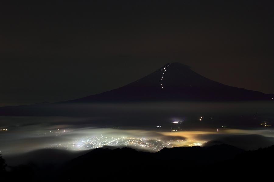 a_NightFuji.jpg