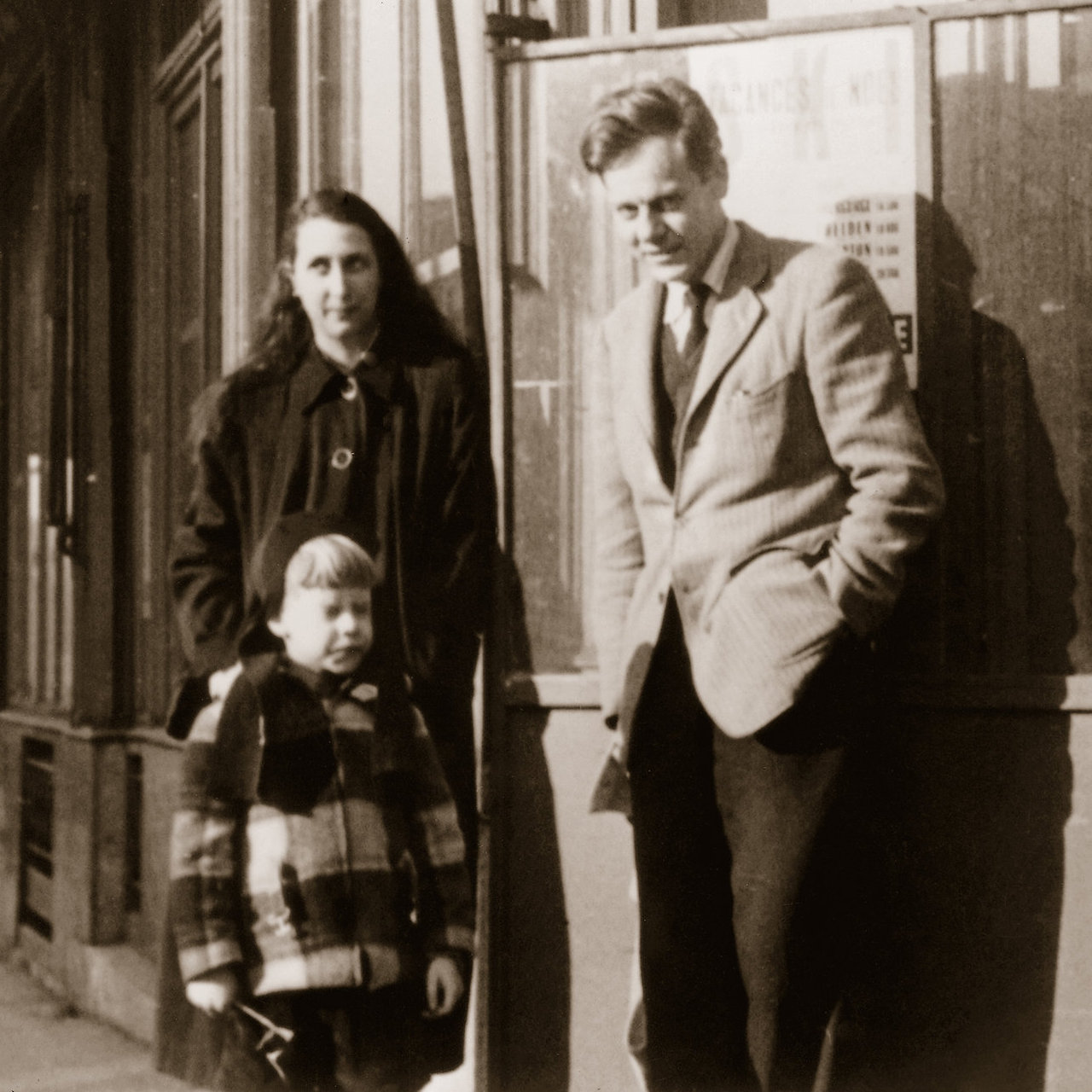Paul de Man with his second wife, Patricia, and their son, in Paris, in 1955