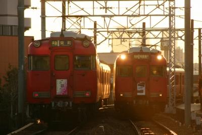 6035F(左)と6031F