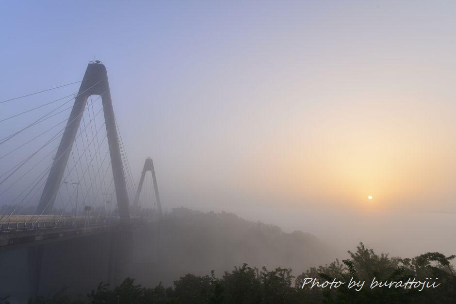 2014.05.27濃霧の夜明け3