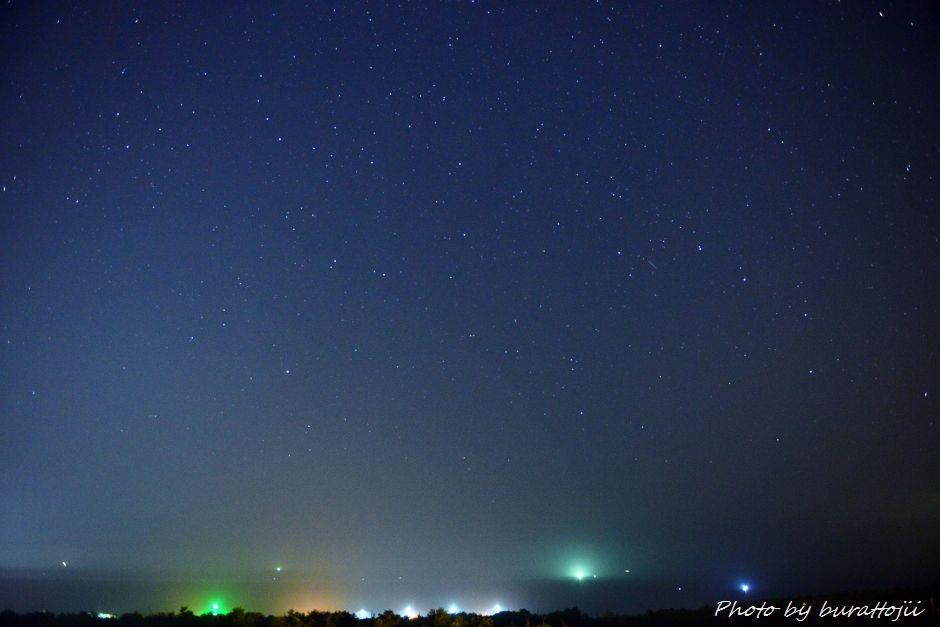 2014.07.25河北潟の夜景5漁火と星