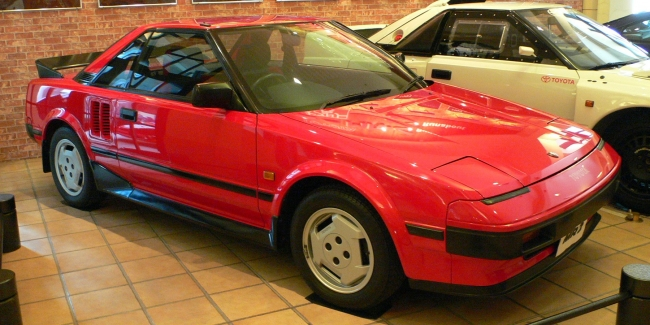1984_Toyota_MR2_01.jpg