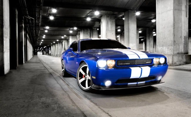 2011-dodge-challenger-srt8-392-photo-369987-s-1280x782.jpg