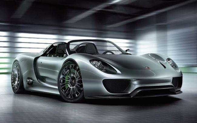 2014_Porsche_918_Spyder.jpg