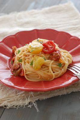 プチトマトとモッツァレラのパスタ
