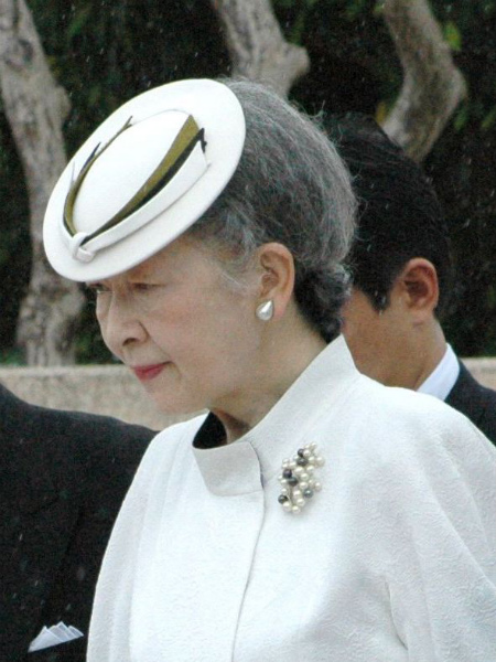 Empress_Michiko_of_japan.jpg