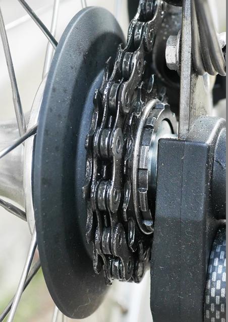 BROMPTON 外装3速 スプロケカバー