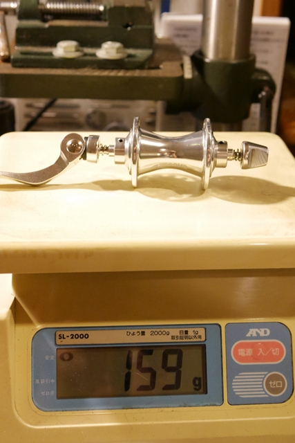 chosen 74mm 28h フロントハブ 重量