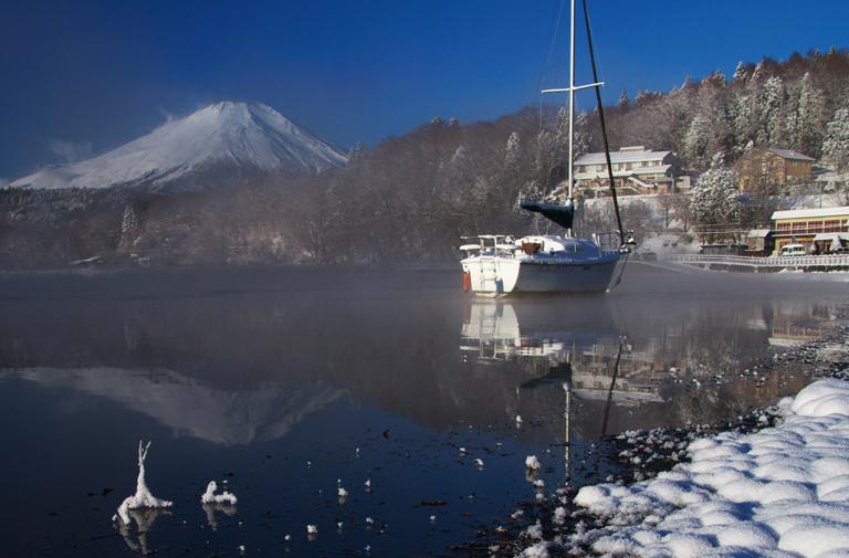 山中湖の新雪-802-3