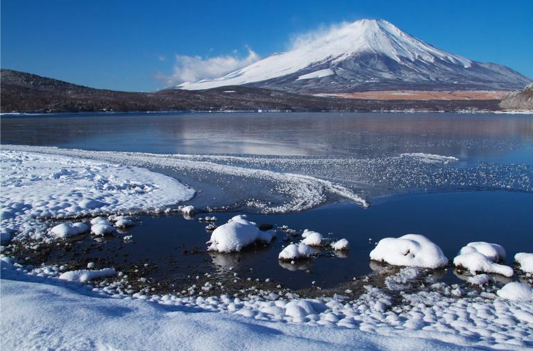 山中湖の新雪-828-3