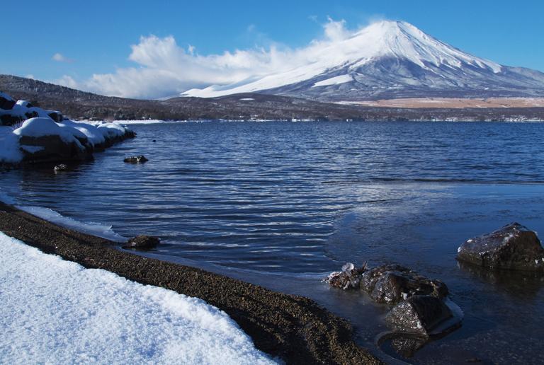 山中湖の新雪-855-2