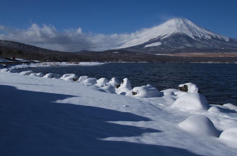 山中湖の新雪-887-1
