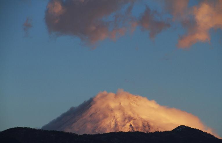 16日 6-43 今朝の富士山-3