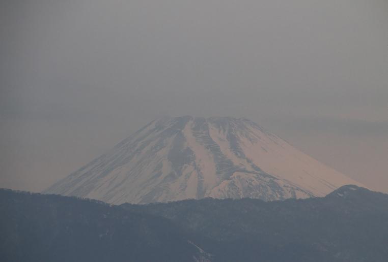 19日 6-41 今朝の富士山1