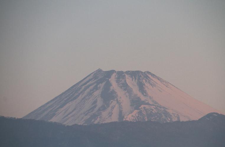 26日 6-38 今朝の富士山1