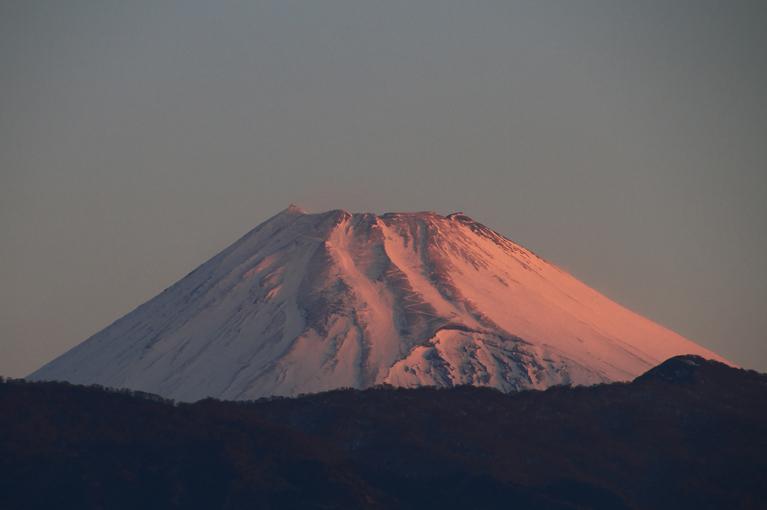 11日 6-05 今朝の富士山-1